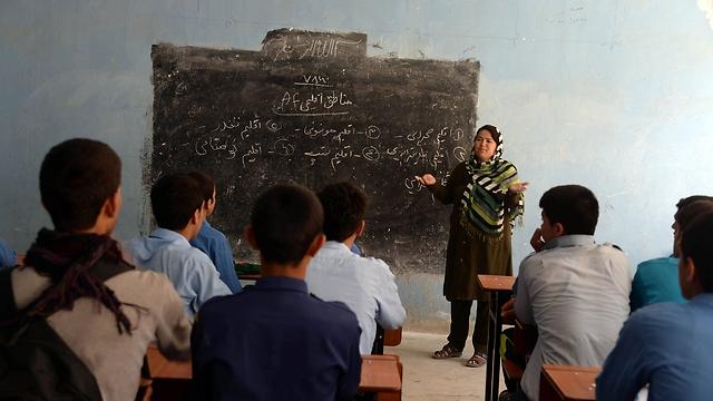 בשיעור בבית ספר (צילום: AFP) (צילום: AFP)