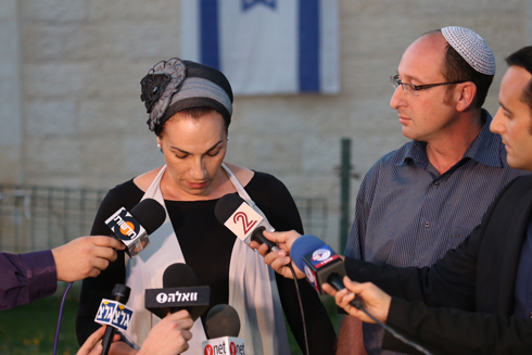 The mother of Gil-Ad Shaer making her comments to Israeli media. (Photo: Motti Kimchi) (Photo: Motti Kimchi)