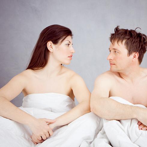 האם אני באמת רוצה להיות איתו או שאני סתם מתפשרת? (צילום: shutterstock) (צילום: shutterstock)