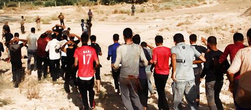 """""""חיילי צבא עיראק השיעים נלקחו ישירות להוצאה להורג"""" (צילום: AP) (צילום: AP)"""