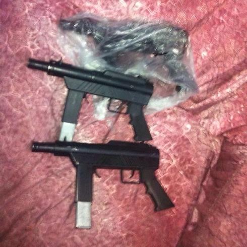 """נתפסו רובים (צילום: דובר צה""""ל) (צילום: דובר צה"""