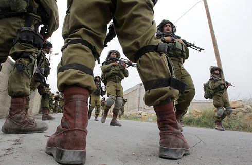 """מבצע """"שובו אחים"""". הדאגה לשלום החיילים הפכה את היוצרות  (צילום: AFP) (צילום: AFP)"""