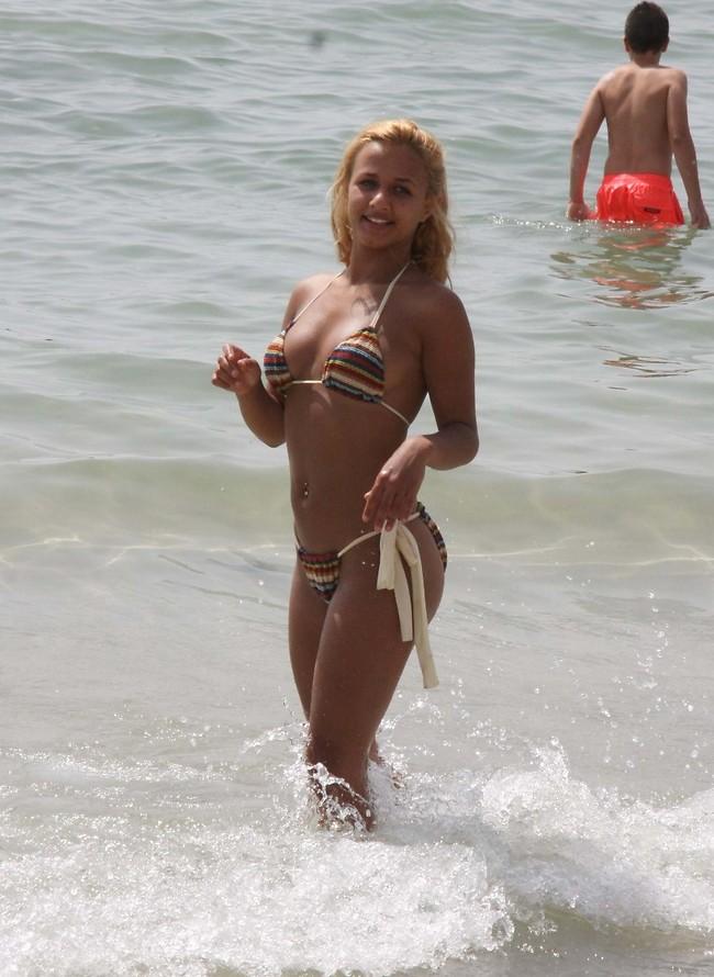 חוטיני בים סקס עם זקנות