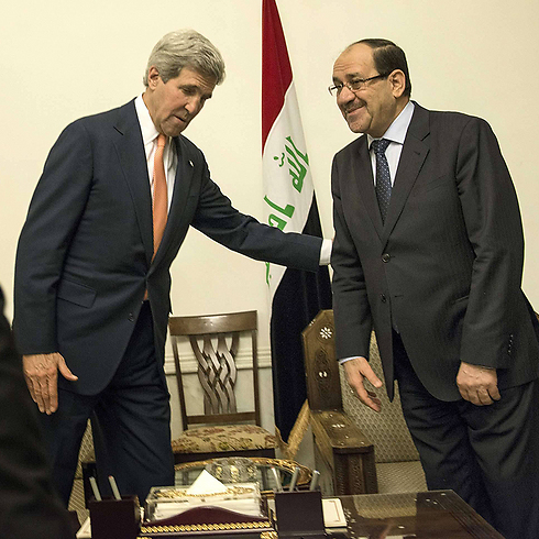Secretary of State John Kerry with Iraqi Prime Minister Nouri al-Maliki in meetings to discuss American aid. (Photo: AFP) (Photo: AFP)