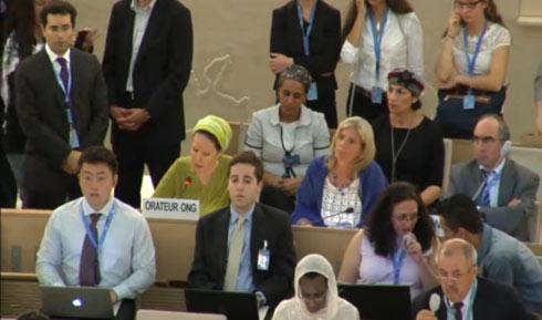 """""""רק רוצים לחבק אותם"""". רחל פרנקל במועצת זכויות האדם של האו""""ם בז'נבה (צילום: UN WEB TV) (צילום: UN WEB TV)"""