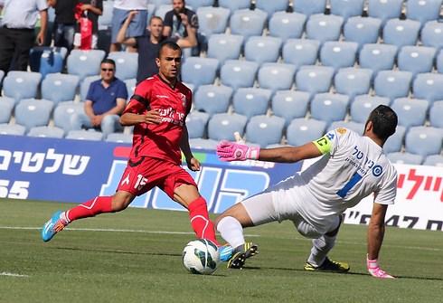 מוראד אבו ענזה. חוזר לליגת העל (צילום: ראובן שוורץ) (צילום: ראובן שוורץ)
