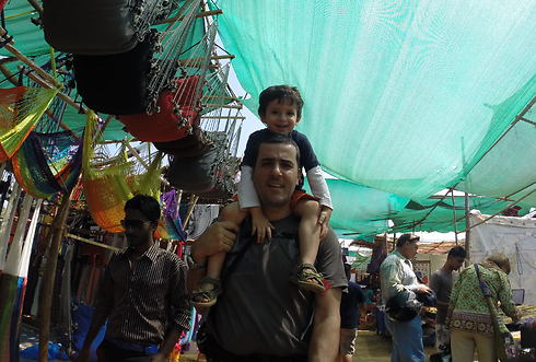 כפיר ויונתן בשווקים המקומיים ( )