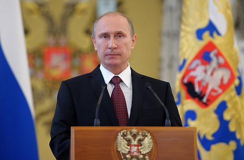 """""""התנועה החדשה בטוח מטרידה אותו"""". פוטין (צילום: AFP) (צילום: AFP)"""