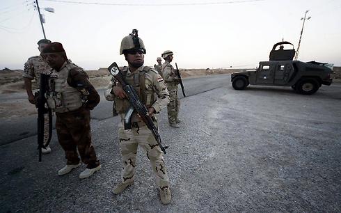 חיילים עיראקים בגבול סעודיה, ארכיון (צילום: EPA)
