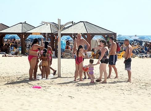 Heat wave in Tel Aviv (Photo: Motti Kimchi)