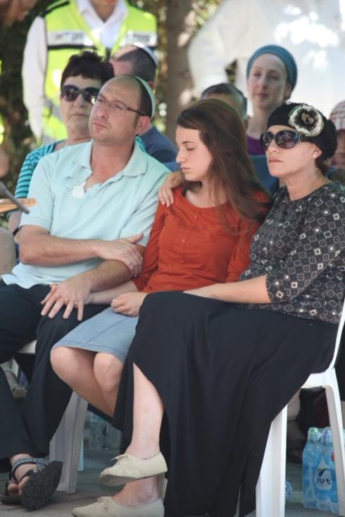 משפחתו של גיל-עד שער (צילום: מוטי קמחי) (צילום: מוטי קמחי)
