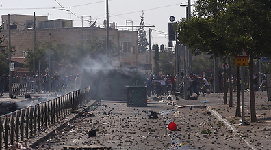The riot-torn streets of east Jerusalem Friday afternoon (Photo: Gil Yohanan) (Photo: Gil Yochanon)
