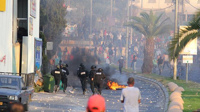 העימותים בצומת ערערה, הערב (צילום: מוחמד שינאווי) (צילום: מוחמד שינאווי)