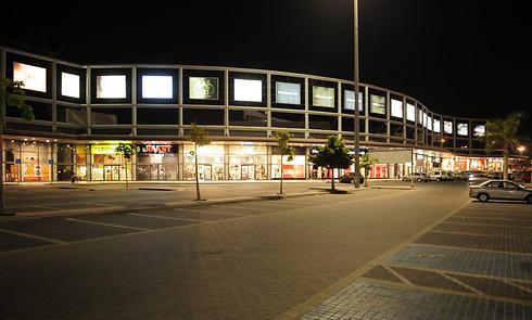 """מרכז """"ביג"""" בבאר שבע, הערב (צילום: הרצל יוסף) (צילום: הרצל יוסף)"""