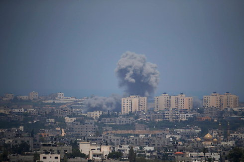 Smoke rises from Gaza as IAF attacks (Photo: Reuters)