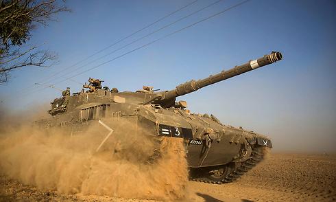 טנק ליד רצועת עזה (צילום: gettyimages) (צילום: gettyimages)