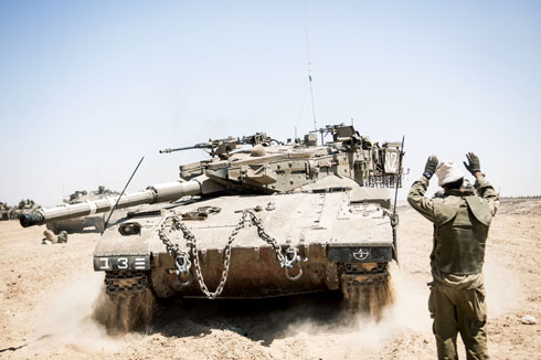 IDF tanks on the Gaza border (Photo: IDF Spokesperson's Unit)