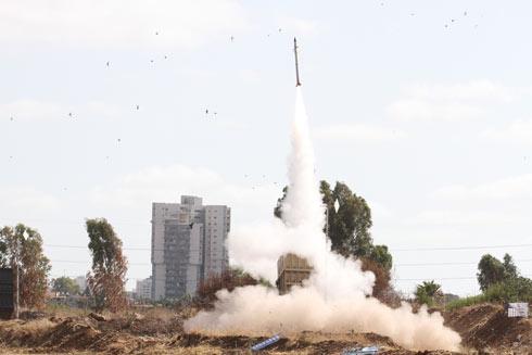 Iron Dome interceptor missile launch (Photo: Ido Erez)