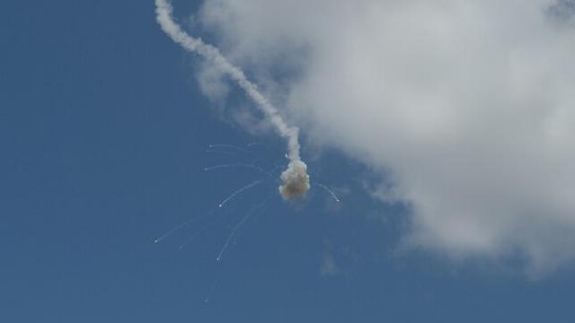 Iron Dome shoots down rockets over Tel Aviv (Photo: Avi Rokach) (Photo: Avi Rokach)
