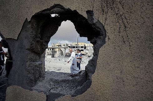 שרידי בית ברצועה (צילום: רויטרס) (צילום: רויטרס)