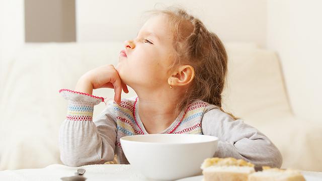הקפידו על ארוחות מסודרות ותנו דוגמה אישית (צילום: shutterstock) (צילום: shutterstock)