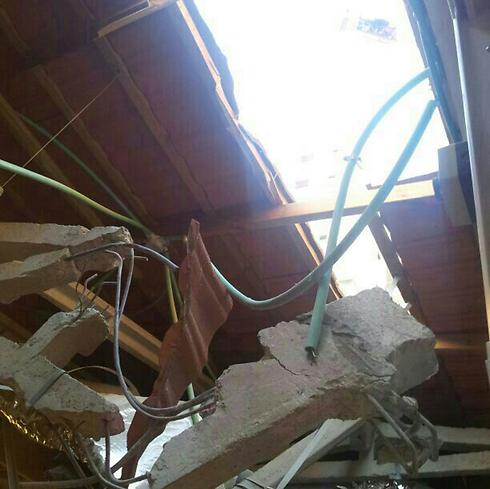 """בית ספר שנפגע בראשון לציון, הערב (צילום: עיריית ראשל""""צ) (צילום: עיריית ראשל"""