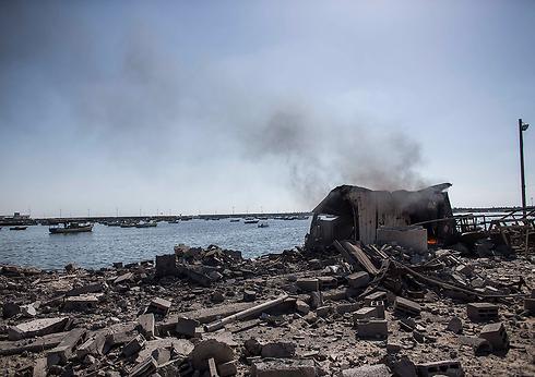 ההפצצה בחוף הים שבה נהרגו ארבעה ילדים פלסטינים (צילום: EPA) (צילום: EPA)
