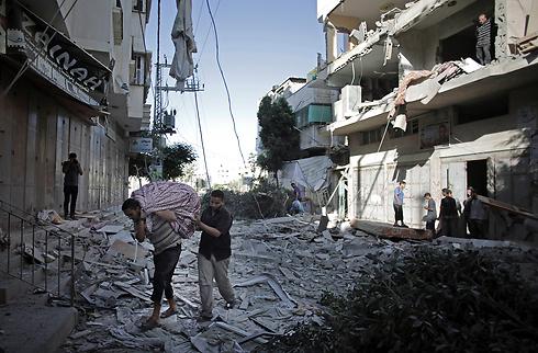 הרס ברצועת עזה, היום (צילום: AP) (צילום: AP)