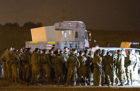 חיילי גולני על גבול רצועת עזה  (צילום: AFP) (צילום: AFP)