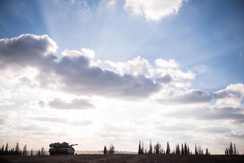 בוקר מול הגבול (צילום: בני דויטש) (צילום: בני דויטש)