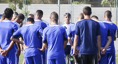 חזר לכדורגל הישראלי מהר מהצפוי. אוחנה (צילום: עוז מועלם) (צילום: עוז מועלם)