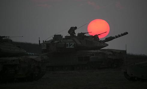 אתגר צבאי, הומניטרי ומדיני מהמעלה הראשונה (צילום: רויטרס)