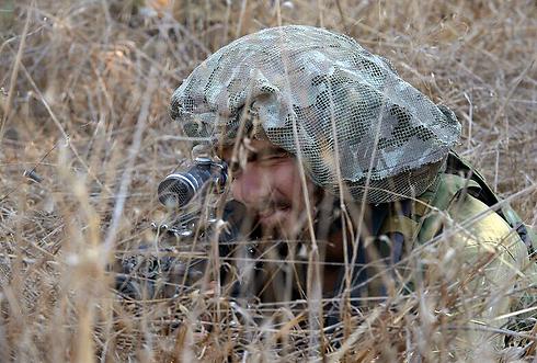 """היערכות צה""""ל בגבול הרצועה (צילום: אבי רוקח) (צילום: אבי רוקח)"""