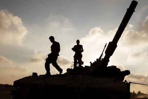 חיילים על גבול הרצועה, השבוע (צילום: AFP) (צילום: AFP)