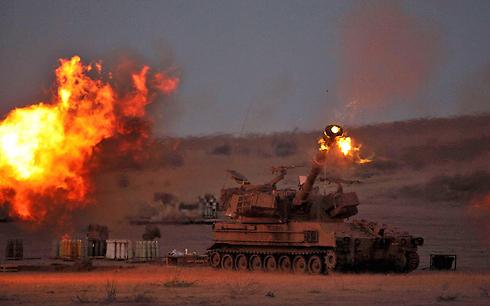 התותחים ינצרו את האש (צילום: AFP) (צילום: AFP)