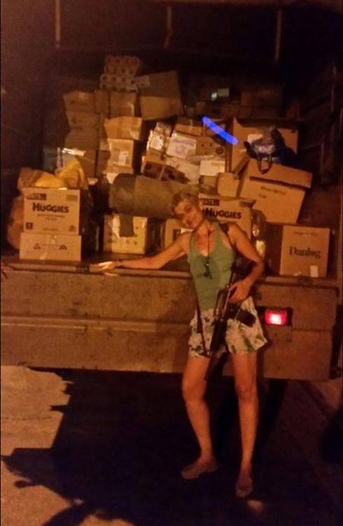 חבילות ששלחו אזרחים לחיילים בגבול עזה (צילום: חגי סולומון ) (צילום: חגי סולומון )