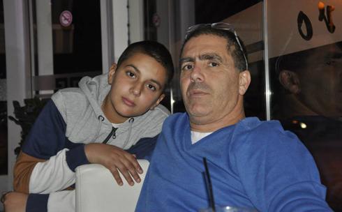 סלפי עם הבן ()