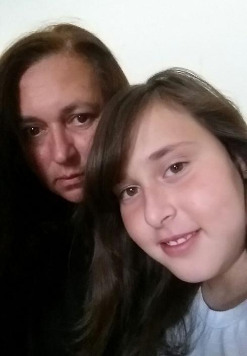 Stella and Lihi Golan
