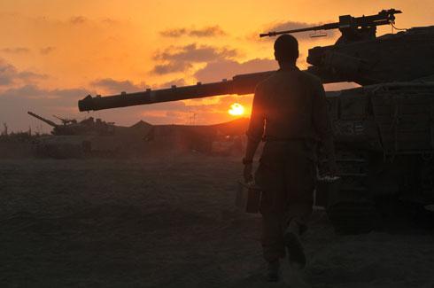 Forces on Gaza border (Photo: AFP)