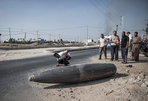 Missile that did not explode in Deir al-Balah (Photo: EPA) (Photo: EPA)