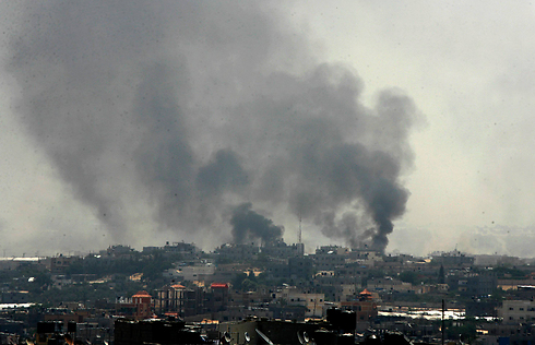 Smoke from Gaza during Black Friday (Photo: MCT)