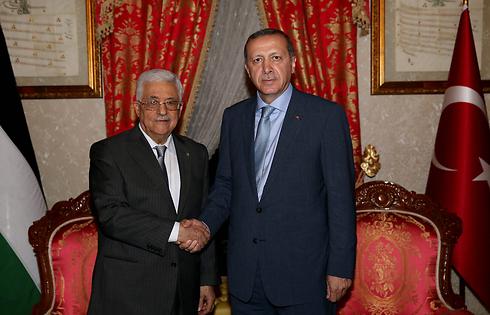 With Turkish President Recep Tayyip Erdogan. Senior Hamas members are taking shelter in Ankara (Photo: EPA)