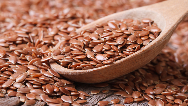 מכילים אסטרוגנים צמחיים. זרעי פשתן (צילום: shutterstock) (צילום: shutterstock)