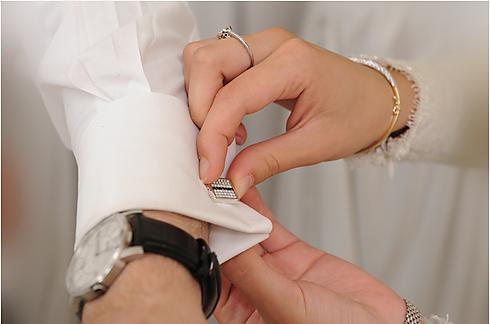 Getting ready for a Haredi wedding (Photo: Yaakov Gross)