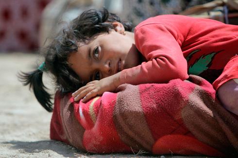ילדה יזידית שהצליחה לברוח (צילום: רויטרס) (צילום: רויטרס)