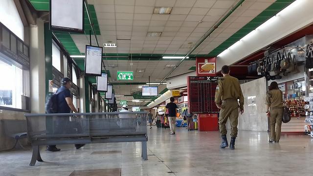 התחנה המרכזית בתל אביב (צילום: רועי צוקרמן) (צילום: רועי צוקרמן)