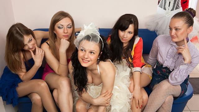 בואי כלה. מסיבת רווקות כהלכתה (צילום: shutterstock) (צילום: shutterstock)
