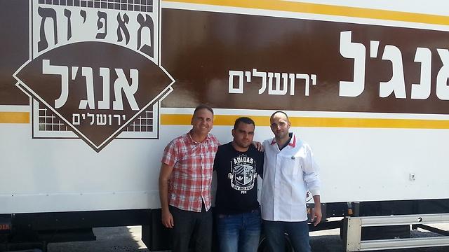 מימין: ספי צפריר, שמעון אדרי ומיכאל שוקרון ()