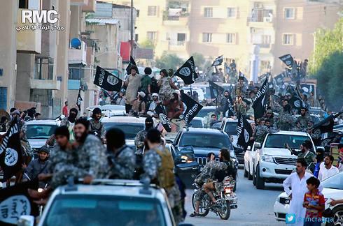 דאעש בסוריה. בלי מחויבות לאוכלוסייה (צילום: AP) (צילום: AP)