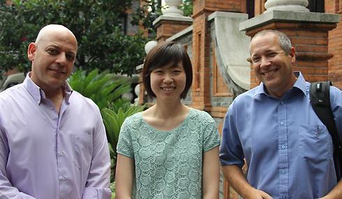 מימין: אילן מאור, לילי וואנג וירדן זילבר (צילום: בילי פרנקל) (צילום: בילי פרנקל)